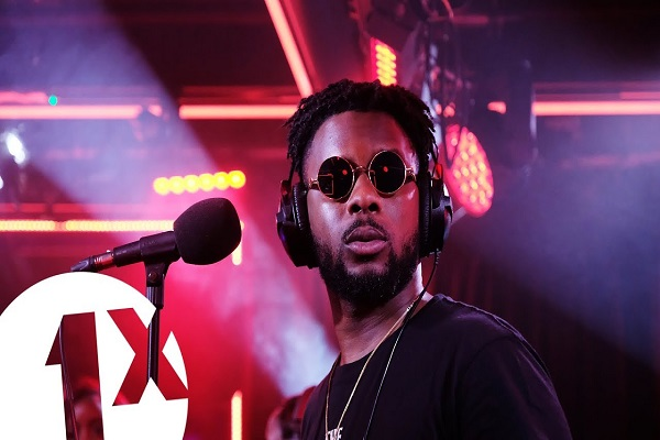 Maleek Berry Performs Pon My Mind Live On BBC 1Xtra Video