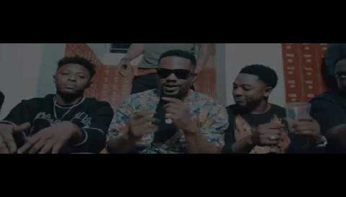 R2Bees Boys Kasa Video