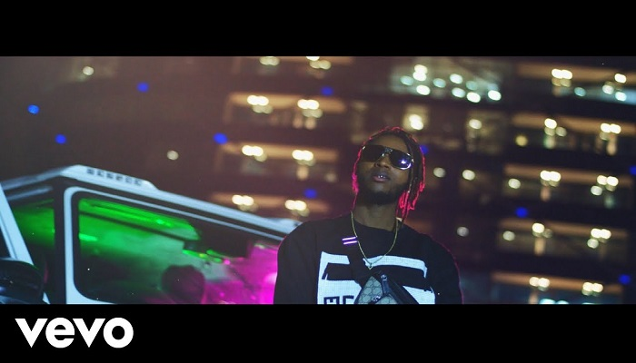 Yung6ix Ina The Benz Video