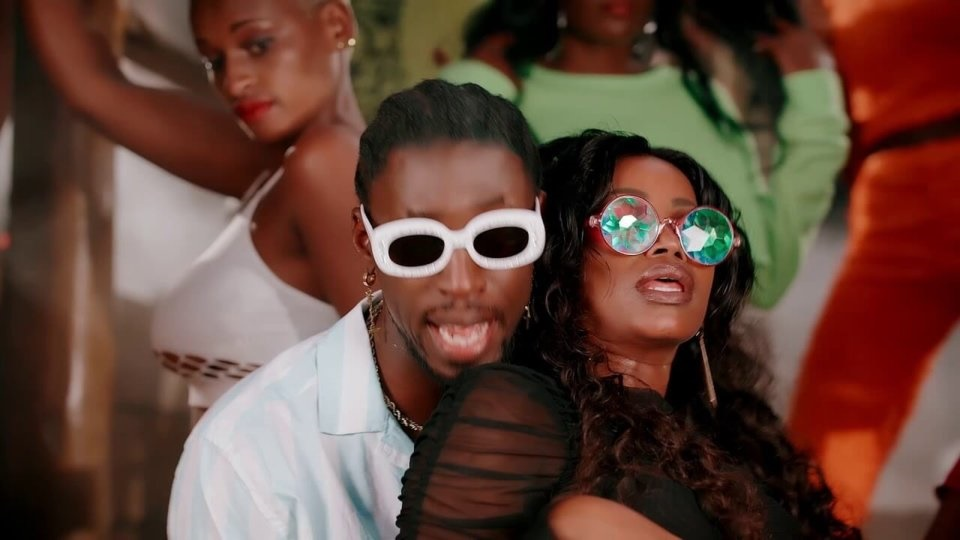 Orezi Sweet Sensation video