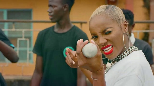 Seyi Shay Tuale Video